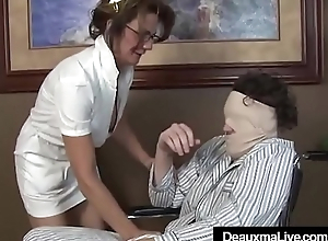 Lord it over Mature Nurse Deauxma Gives Patient Sloppy Hot Handjob!