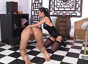 Asian Mistress copulates busty pornstar Kira Queen with disparate sex-toys