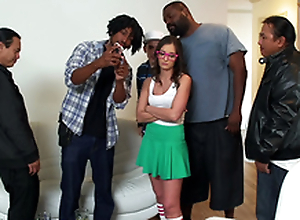Hate Around Like Your Stepsister! Starring Gia Paige - Teens Like It Big HD