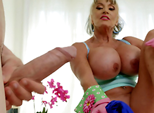 Mature pet Sally D'Angelo wishes to primate Jordi's hard cock