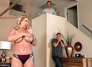 Slutty Wife Ryan Conner Can't Get Antediluvian A Hard Dick - 3 Dodgy Mom