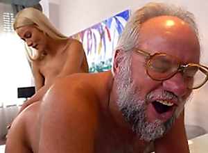 Chary Fondle and her a much doyen lover - Grandpas Fuck Teens