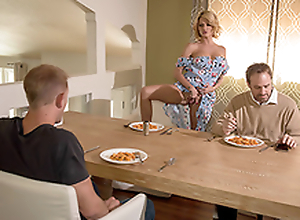 Blonde mom Joslyn James seduces stepson not at all her imaginative XXX knockers