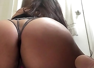 Sexy thick ass with nice heart of hearts rides dildo plus cums