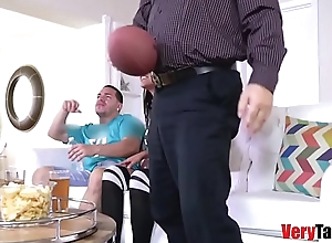 Vienna Black loves banging bro infront of dad!