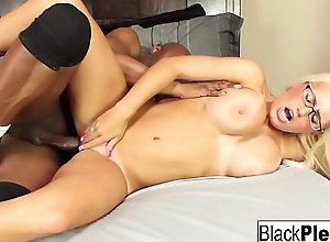 Busty blonde Jacky Joy keeps the brush glasses on during mating