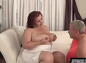 Busty BBW Little one Lynn Blows and Titty Fucks a Guy and Then Screws Him