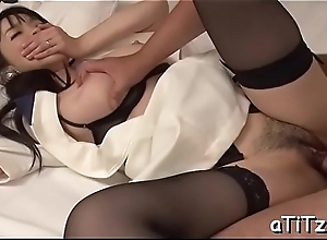 Big chest japanese stimulates her love tunnel with powerful toys