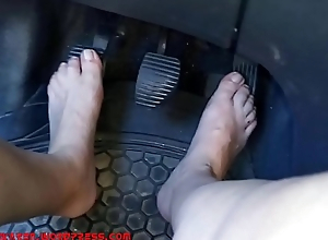 Pedal Pumping and Pussy Flash