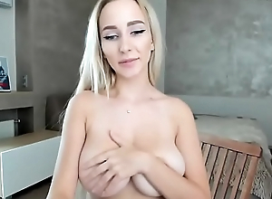 discover her girlfriend on cam dwell &gt_&gt_  youcamhub.com
