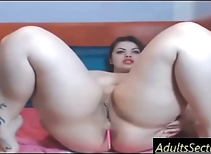 Big slut masturbates on cam - www.AdultsSection.com