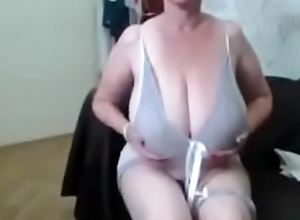 Sexy lady with a big tits -&gt_ FREE REGISTER! www.getacamgirl.tk